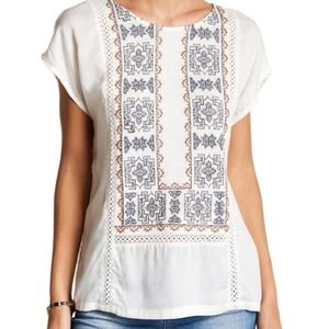 NWT Lucky Brand Embroidered Top Size Medium